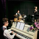 Ein Evergreen Abend - Konzert im PEM Theater an den Elbbrücken in Hamburg